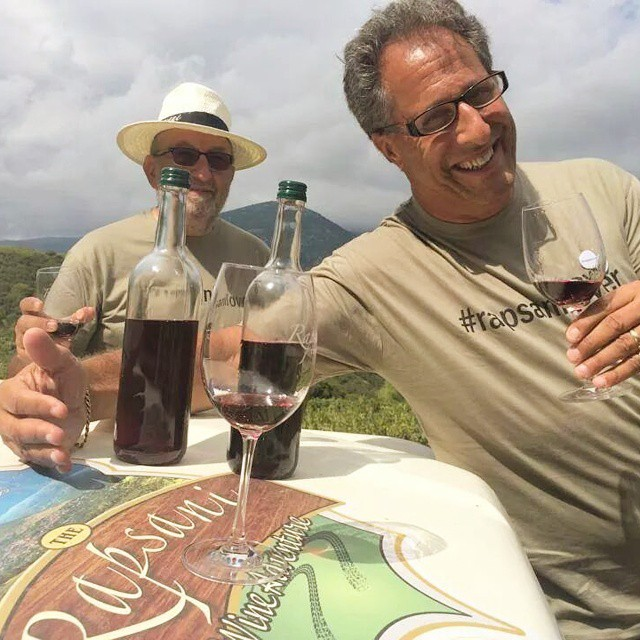 They say one photo is thousand words... Jesse Nash and Barney Lehrer, two wine adventurers from NYC, discovering #rapsanilover soul.  #mtolympus #rapsanieffect #rapsaniwineadventure #feelinglikeagod #divine #home #gods #xinomavro #krassato #stavroto #inspiring #inmyglass #drinkGreek #greekgrapes #greekwine #winelover #fun #winesafari #wineexperience #offroad #fun #tasting #discover #greece