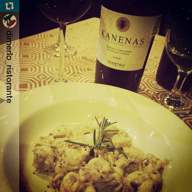 What about a great pairing suggestion from Chihuahua in México?  #love #kanenas #no_borders #winelover #drinkgreek  #Repost from @dimerlo_ristorante with @repostapp — Tortellini al jocoque dulce con nuez!!! Vino tinto de acompañamiento Kanenas!!!